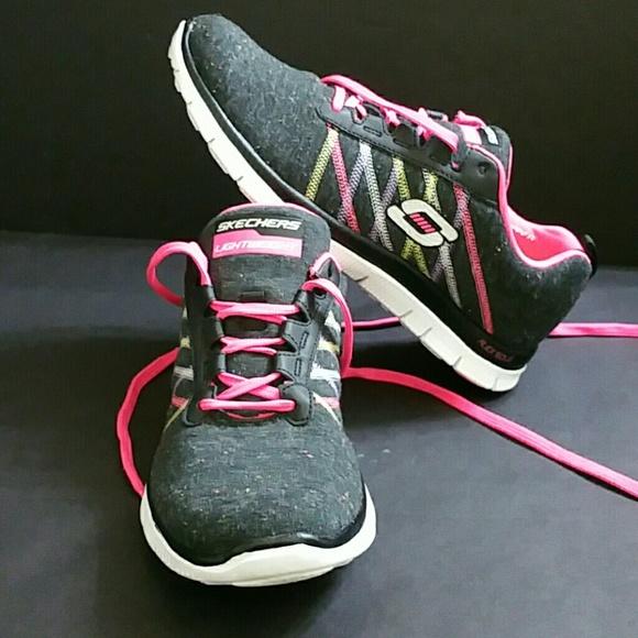 Skechers Shoes   Light Weight Women